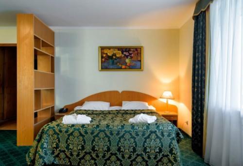 Атлас парк отель Люкс 2-комнатный